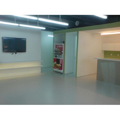 White Lonseal Flooring
